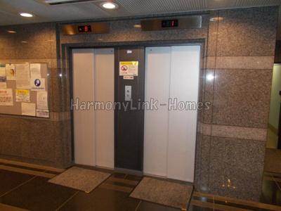 フォーラムイン東京のエレベーター☆