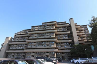 【現地写真】 鉄骨鉄筋コンクリート造の 291戸の大型マンション♪