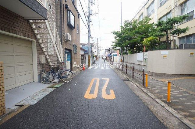 前面道路:幅員6.3m☆