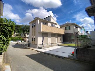 東葉高速線/新京成線「北習志野」駅徒歩9分の全1棟の新築一戸建てです。
