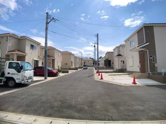 市街化調整区域の閑静な住宅街で生活環境良好です。