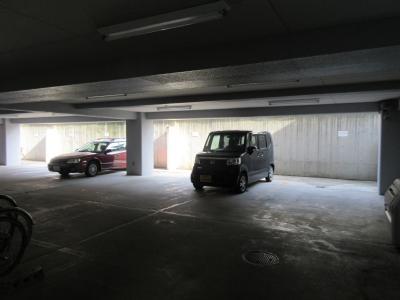 【駐車場】アビヨン21