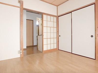 【居間・リビング】コーポムーンプラザ