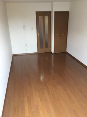 【居間・リビング】パイナップル荘