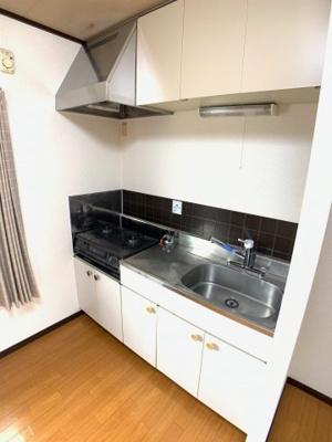 使いやすいキッチンです(^^) ガスコンロ対応♪