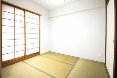食器洗浄乾燥機・浴室暖房乾燥機・床暖房・カラーモニターインターフォンなど、暮らしに嬉しい設備が充実しております。