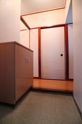 【玄関】名谷農住団地8号棟