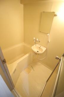 【浴室】シュトラーセ・イズミ