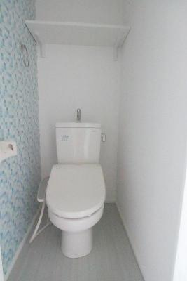 ハーモニーテラス西尾久のゆったりとした空間のトイレです