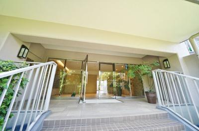 【エントランス】グリーンヒルズ横浜C棟
