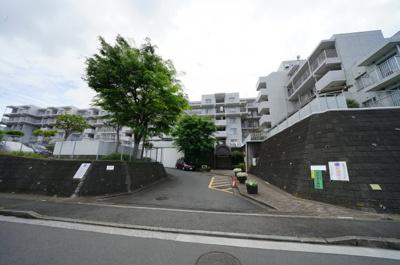 【外観】いずみプラザ保土ヶ谷壱号館