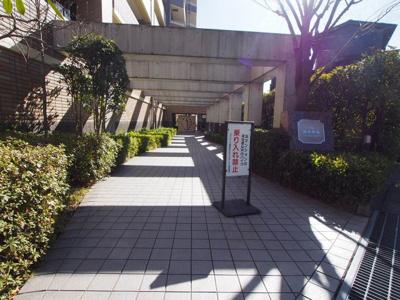 【エントランス】ジェイパーク横濱西谷ルネッサガーデン