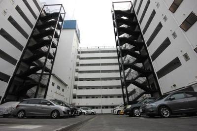 8階建6階部分のお住まいです。
