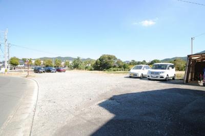 【駐車場】高良内中園貸家