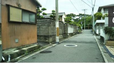 【前面道路含む現地写真】和歌山市芦辺丁 中古戸建