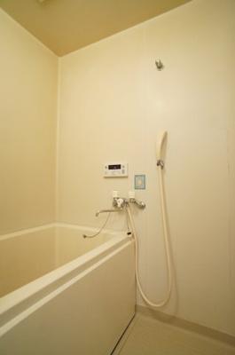 【浴室】サンハウス前原
