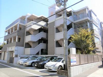 【現地写真】  総戸数15戸のマンションです♪