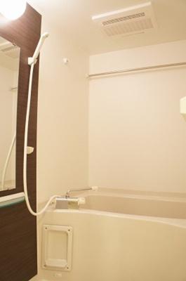 リブリ・シャルマンの風呂