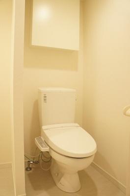 リブリ・シャルマンのトイレ