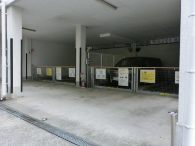 【外観】谷町6丁目 屋根付立体駐車場
