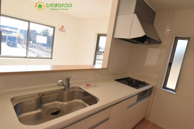 【キッチン】上尾市瓦葺 第14 新築一戸建て クレイドルガーデン02