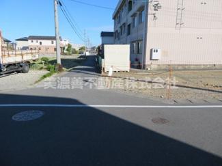 【前面道路含む現地写真】54376  羽島市正木町曲利土地