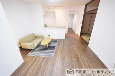 【エントランス】新神戸アパートメント