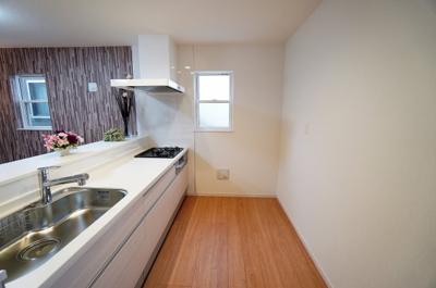 【キッチン】小学校が近い新築戸建て さいたま市第8南区太田窪
