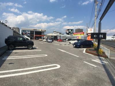 【駐車場】高須貸店舗