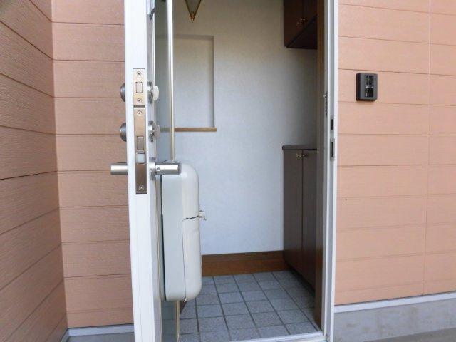 【玄関】カトレア城ヶ丘
