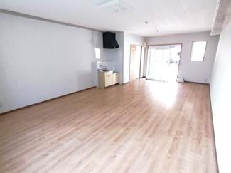 【居間・リビング】ドリームハウスしののめ1階貸店舗
