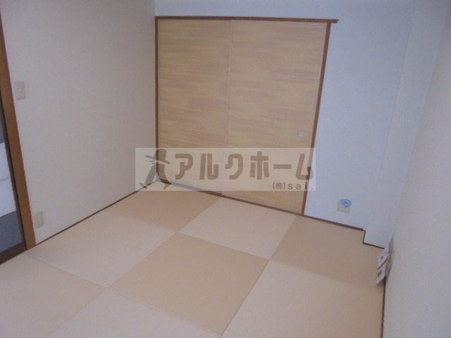 第2コーポ平野(柏原市平野・法善寺駅) 寝室