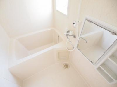 【浴室】ラフォーレ土気B