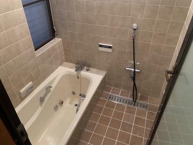 【浴室】奈良市松陽台 中古戸建