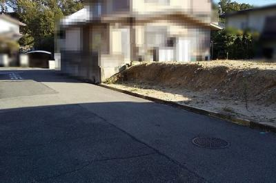 【前面道路含む現地写真】垂水区神陵台9丁目 土地