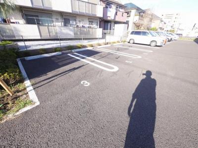 【駐車場】コンフォール横濱ワン