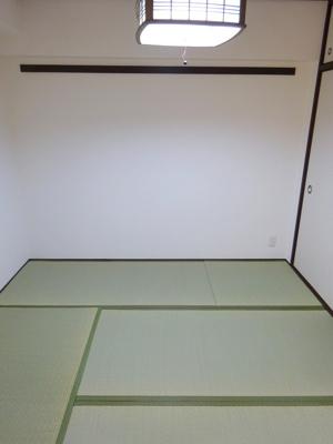 2020年に表替えをされてますので、い草の香りが気持ち良い和室です。