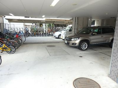 【駐車場】KDXレジデンス難波南