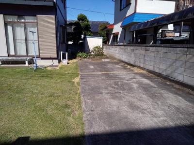 【駐車場】吉井町吉井の中古戸建