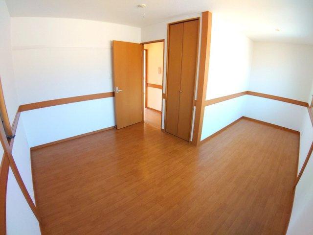 【寝室】サンガーデン南口3
