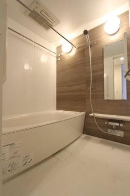 落ち着いた空間のお風呂です 三郷新築ナビで検索