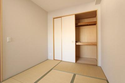 和室があれば、来客や子供用のスペースとして活躍します 三郷新築ナビで検索