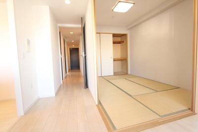 落ち着いた雰囲気の和室付きです 三郷新築ナビで検索