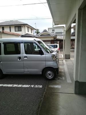 【駐車場】グランドマンション茶うす