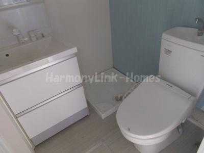 ハーモニーテラス浮間のゆったりとした空間のトイレです