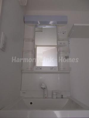 ハーモニーテラス浮間の朝の身支度には欠かせない独立洗面化粧台