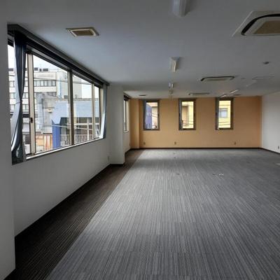 【居間・リビング】飯田町 MSビル