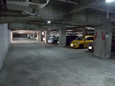 【駐車場】さんくれーる茨木C棟