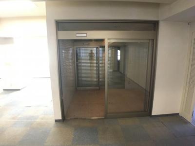 【玄関】カーサエトワール2F貸事務所