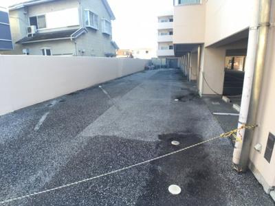 【駐車場】カーサエトワール2F貸事務所
